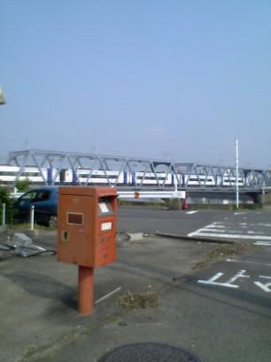ポスト写真 : 8両編成の2000系と : 千鳥橋南 : 愛知県東海市名和町新屋敷