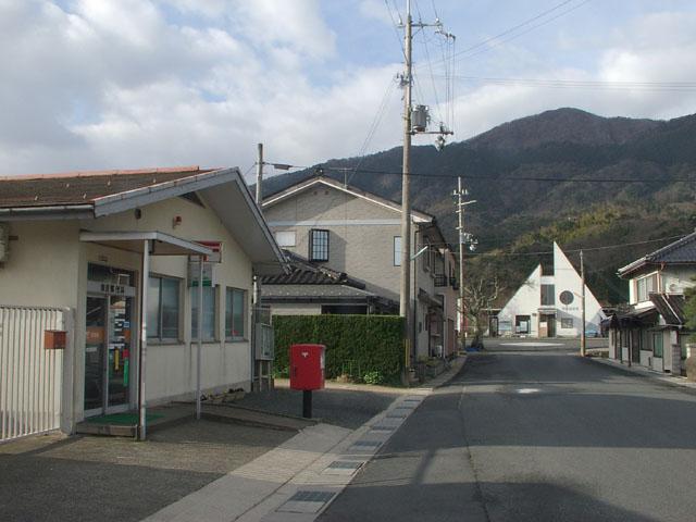 ポスト写真 : 由良郵便局前1(2009/03/07) : 由良郵便局の前 : 京都府宮津市由良