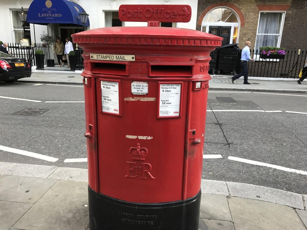 ポスト写真 :  : シーモア・ストリート : 海外UnitedKingdom,LondonMarylebone,SeymourSt