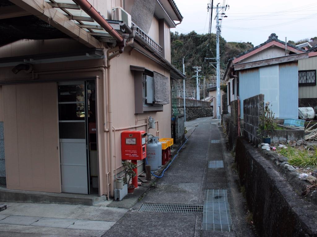 ポスト写真 : 中村ガス店前 : 中村ガス店前 : 和歌山県東牟婁郡串本町須江36-2