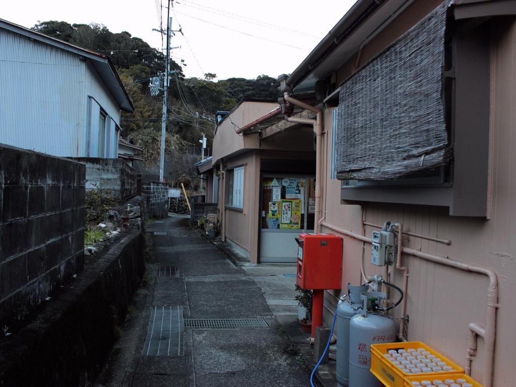 ポスト写真 : 中村ガス店前3 : 中村ガス店前 : 和歌山県東牟婁郡串本町須江36-2
